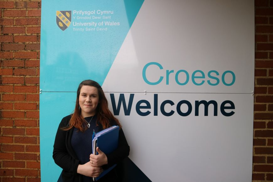 The study is being conducted by Zoe Cooke, a KESS2 funded PhD student in the Psychology and Counselling department at the University of Wales Trinity Saint David (UWTSD) in Swansea, in collaboration with cancer charity Tenovus Cancer Care.